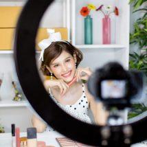 vlogger or blogger